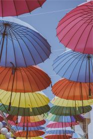 stsn.io-umbrellas-colorful